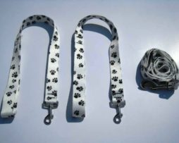 Paw Print Wishbone Dog Leash